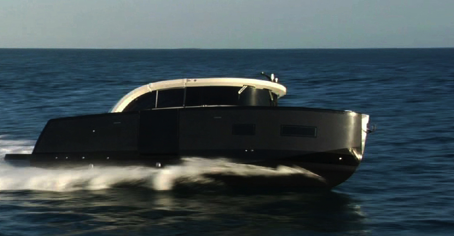 Image for article Carbon Dream's first limousine tender for superyachts shown at Monaco
