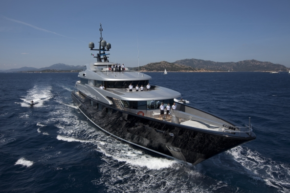 Image for article CMN to stop superyacht construction