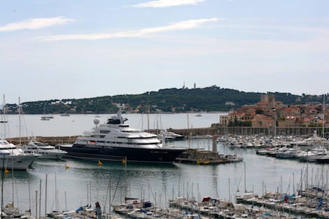 Image for article New superyacht berths in France no nearer in sight
