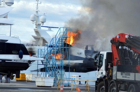 Image for article 'No link' between cause of Livorno shipyard fires