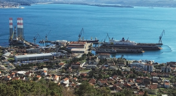 Image for article Montenegro's Adriatic shipyard officially up for tender