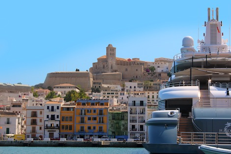 Image for article Ibiza rocks for larger yachts
