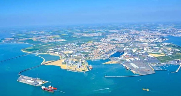Image for article French state backs refit in La Rochelle