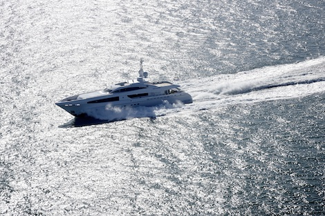 Image for article 'Galatea' edges 30 knots on sea trials