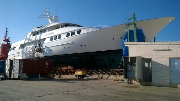 Image for article Refit activity increases in Port Denia, Spain