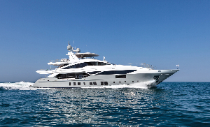 Image for article Triple debut for Benetti