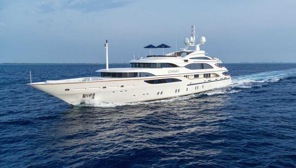 Image for article MYS EXCLUSIVE: €3.05 million price reduction on Benetti's Cakewalk