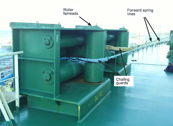 Image for article Safety warning after mooring line failure