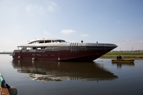 Image for article Rossinavi's 48m 'Ketos' sea-towed to Viareggio for outfitting