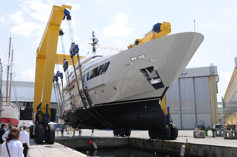 Image for article Sanlorenzo launches 38m M/Y 'Therapy'